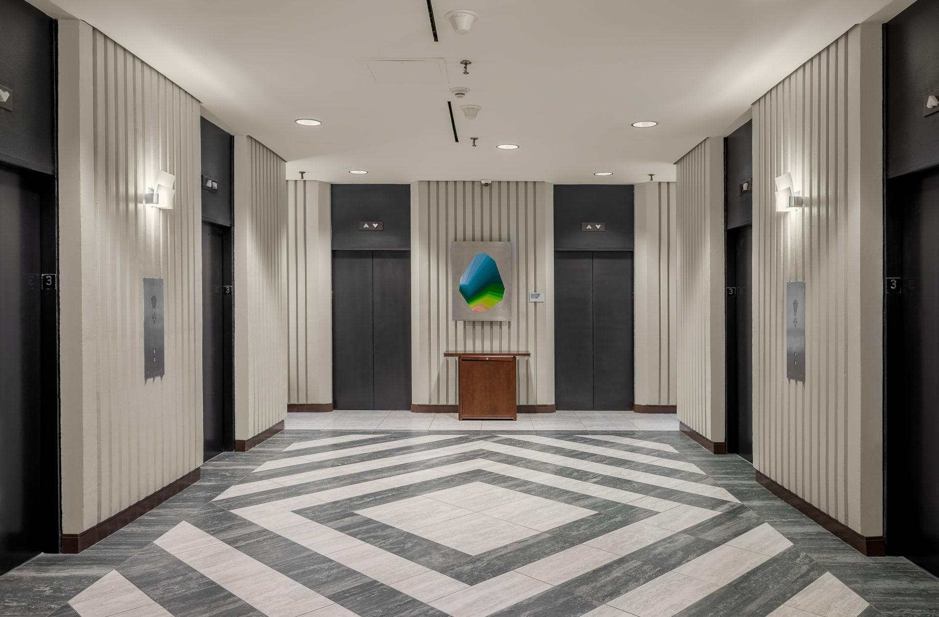 White and Gray tile in Atlanta Hotel