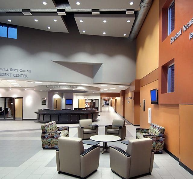 Lounge area at Georgia State University Student Center with tile flooring