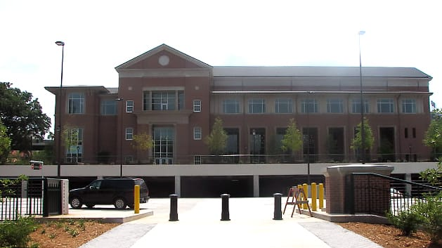 Exterior of UGA Tate Center