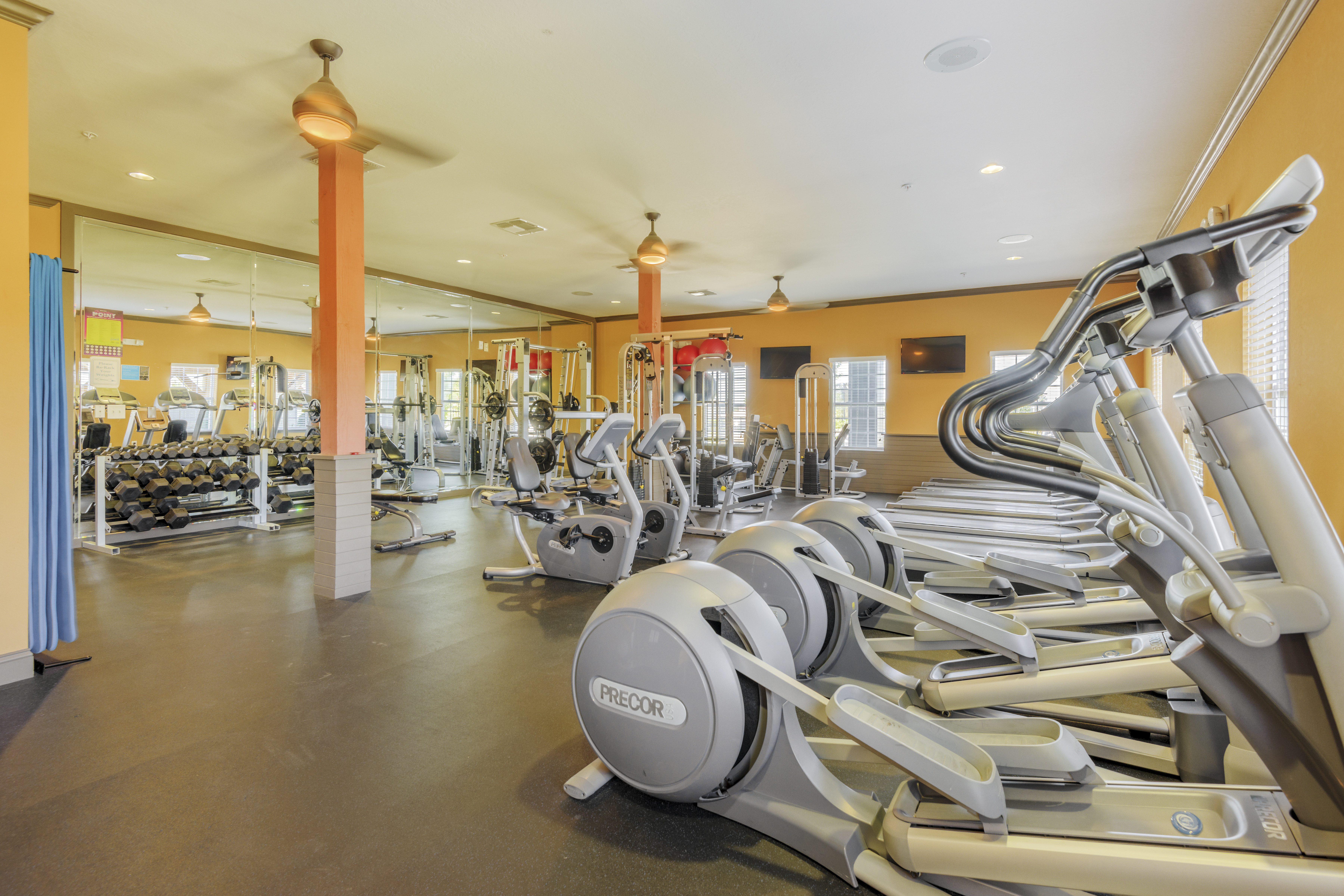 Murfreesboro Property Photos Gym Dco Commercial Floors