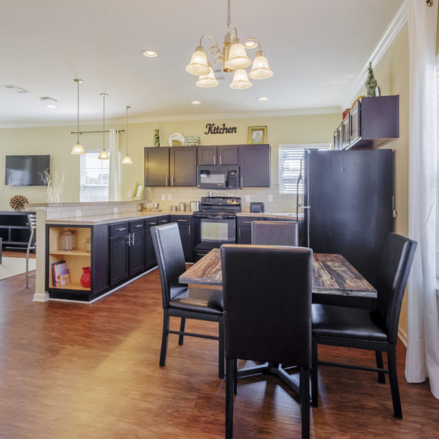 Dining area and Kitchen at Aspen Heights - Murfreesboro
