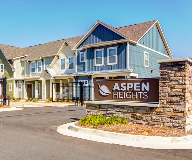 Exterior of Aspen Heights - Starkville