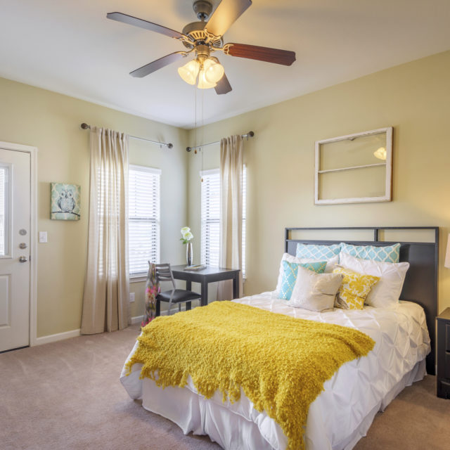 Bedroom at Aspen Heights - Stillwater